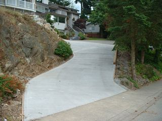 Steep concrete broomed driveway