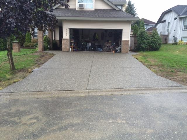exposed-aggregate-concrete-driveway-finished-product
