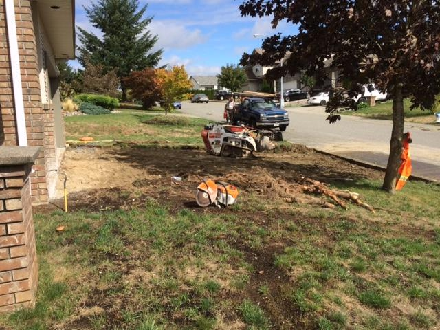 prepping-driveway-for-pouring-concrete