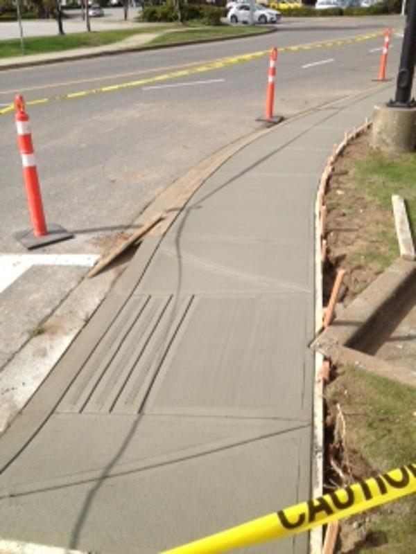commercial-concrete-sidewalk-surrey-10