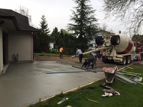 broomed-concrete-driveway-surrey-3