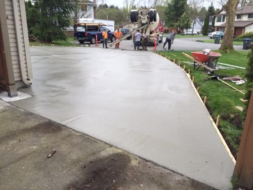 broomed-concrete-driveway-surrey-8