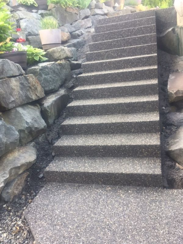 exposed-aggregate-concrete-stairs-chilliwack