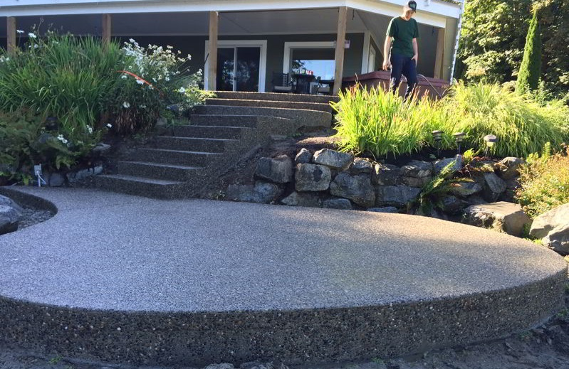 Aggregate Concrete Patio with Stairs