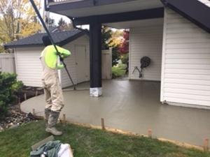 pouring aggregate concrete
