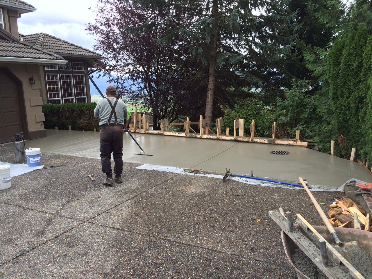 Exposed-Concrete-Driveway-Expansion