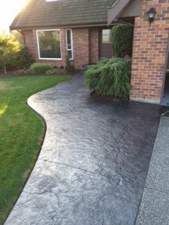 stamped-concrete-walkway-to-front-door