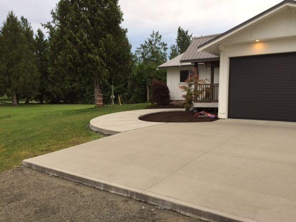 broomed-concrete-driveway-matsqui-bc-3